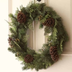 new-year-decorations-from-pine-branches-wreath9.jpg