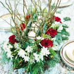 new-year-decorations-from-pine-branches-centerpiece1.jpg
