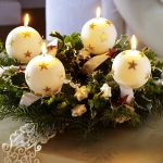 new-year-decorations-from-pine-branches-candles7.jpg
