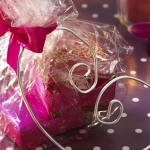 new-year-gift-wrapping-themes3-4.jpg