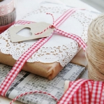 new-year-gift-wrapping-themes6-1.jpg