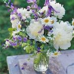 outdoor-garden-bouquet1.jpg