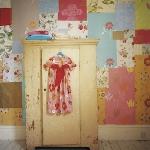 patchwork-wall-decorating3-3-2.jpg