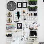 pegboard-in-homeoffice-and-craftrooms-ideas5