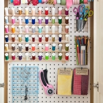 pegboard-in-homeoffice-and-craftrooms4-4