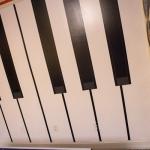 piano-keys-inspired-wall-design2-4