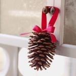 pinecones-new-year-decor-ideas1-1.jpg