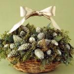 pinecones-new-year-decor-ideas3-8.jpg