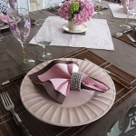 pink-and-wenge-table-set2-2.jpg