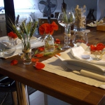 poppy-decorated-table-setting1-2.jpg