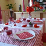 poppy-decorated-table-setting3-1.jpg