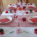 poppy-decorated-table-setting3-3.jpg