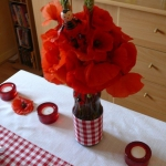 poppy-decorated-table-setting3-7.jpg