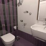project58-pink-n-lilac-bathroom19-1.jpg