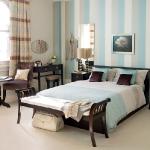 quick-accent-in-bedroom-wall-near-headboard12.jpg