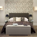quick-accent-in-bedroom-wall-near-headboard7.jpg