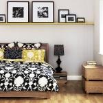 quick-accent-in-bedroom-wall-near-headboard9.jpg