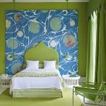 quick-accent-in-bedroom-wall-near-headboard15.jpg