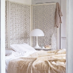 quick-accent-in-bedroom-wall-near-headboard17.jpg
