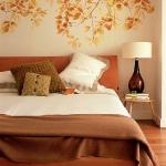 quick-accent-in-bedroom-wall-near-headboard22.jpg