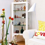 rainbow-accents-in-spanish-apartments1-3.jpg
