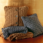 recycled-scarves-pillows1.jpg
