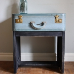 recycled-suitcase-ideas-table9.jpg