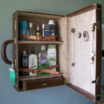 recycled-suitcase-ideas-cabinet2.jpg