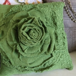 recycled-sweater-pillows-decorating2-3.jpg