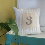 recycled-sweater-pillows-decorating6-3.jpg
