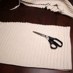 recycled-sweater-pillows-diy1-2.jpg