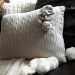 recycled-sweater-pillows-in-details3-3.jpg