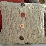 recycled-sweater-pillows1-2.jpg