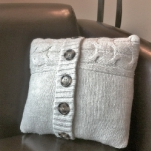 recycled-sweater-pillows2-2.jpg