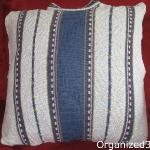 recycled-sweater-pillows4-3.jpg