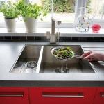red-grey-white-modern-kitchen1-7.jpg