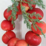 red-yellow-apples-autumn-decorations1-4.jpg