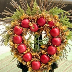 red-yellow-apples-autumn-decorations1-6.jpg