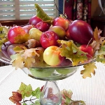 red-yellow-apples-autumn-decorations2-4.jpg