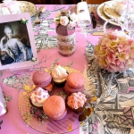 retro-ladies-style-in-art-de-la-table1-4.jpg