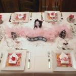 retro-ladies-style-in-art-de-la-table2-1.jpg