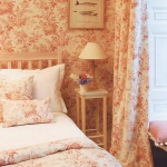 retro-style-wallpaper-and-fabric-by-lewisandwood4.jpg