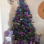 ribbon-on-christmas-tree-ideas20