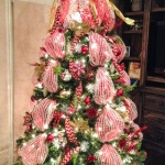 ribbon-on-christmas-tree-ideas23