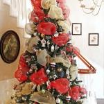 ribbon-on-christmas-tree-ideas30