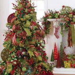ribbon-on-christmas-tree-ideas38