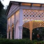 romantic-porch-show-tour-evening4.jpg