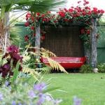 roses-in-garden-relax-nooks2.jpg