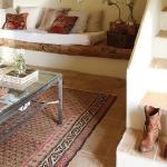 rustic-new-look-in-livingroom2-3.jpg