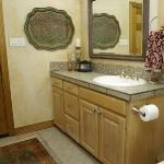 serving-trays-on-wall-decor-ideas2-3.jpg